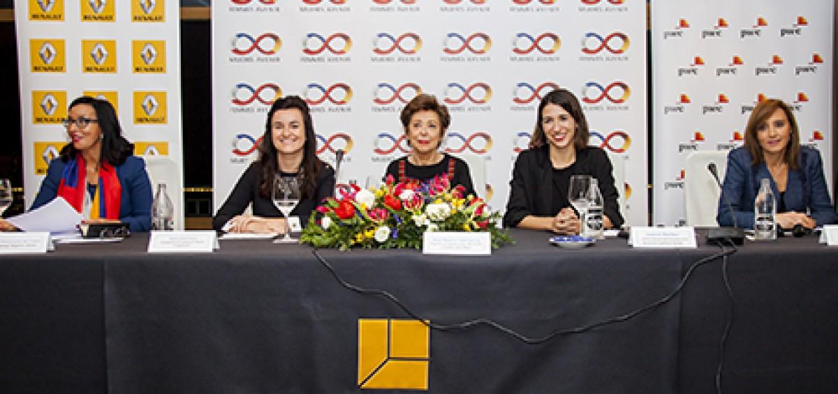 Las mujeres de la Generación Y -aquellas que tienen entre 20 y 34 años- son las que se encuentran en mejor posición para romper por vez primera el techo de cristal y liderar las empresas europeas 14