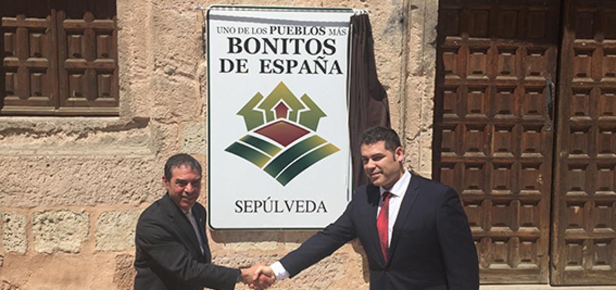 """Sepúlveda destapa el cartel que le acredita como uno de """"Los Pueblos más Bonitos de España"""" 6"""