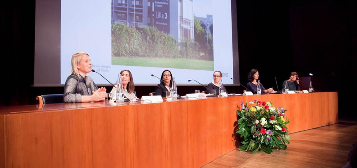 La ASOCIACIÓN DE AMISTAD HISPANO – FRANCESA MUJERES AVENIR debate sobre el papel de la mujer en el mundo del arte 11