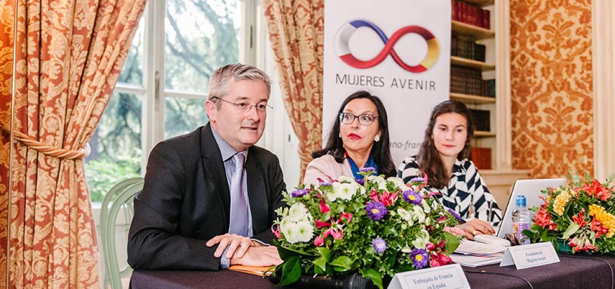 Grandes objetivos alcanzados tras dos años de actividades de la ASOCIACIÓN DE AMISTAD HISPANO – FRANCESA MUJERES AVENIR 12