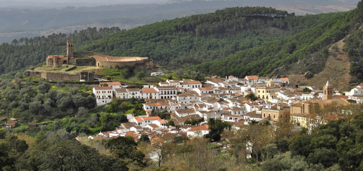 Almonaster la Real celebrará el acto de proclamación que le acredita como Uno de Los Pueblos más Bonitos de España 2