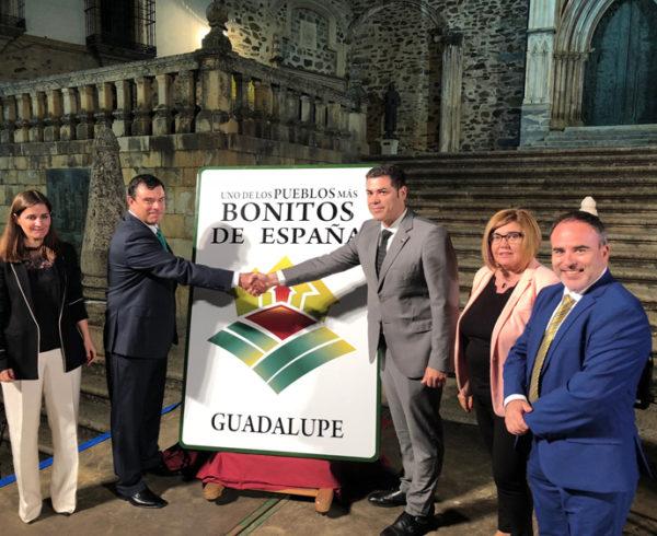 """Guadalupe destapa su cartel como uno de  """"Los Pueblos más Bonitos de España"""" 6"""