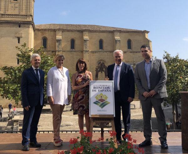 Briones destapa el cartel que le acredita como Uno de Los Pueblos más Bonitos de España 15
