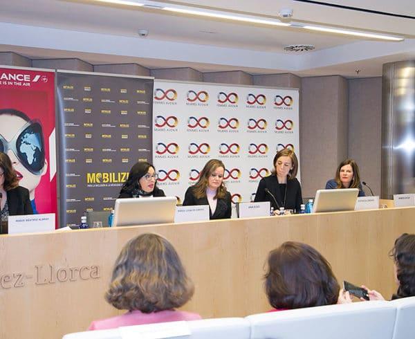 """Mujeres Avenir reivindica la Responsabilidad Social Corporativa como una parte vital del """"ADN"""" de las empresas 6"""