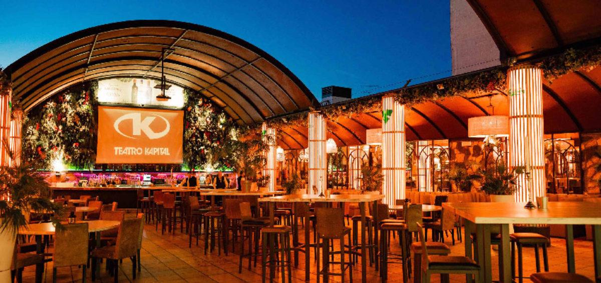 Disfrutar de la noche desde el exterior. La terraza del Teatro Kapital: un espacio al aire libre para mitigar el calor en el ambiente más glamuroso 2