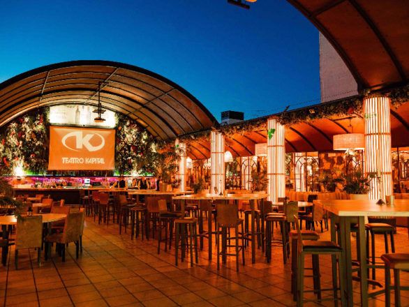 Disfrutar de la noche desde el exterior. La terraza del Teatro Kapital: un espacio al aire libre para mitigar el calor en el ambiente más glamuroso 4