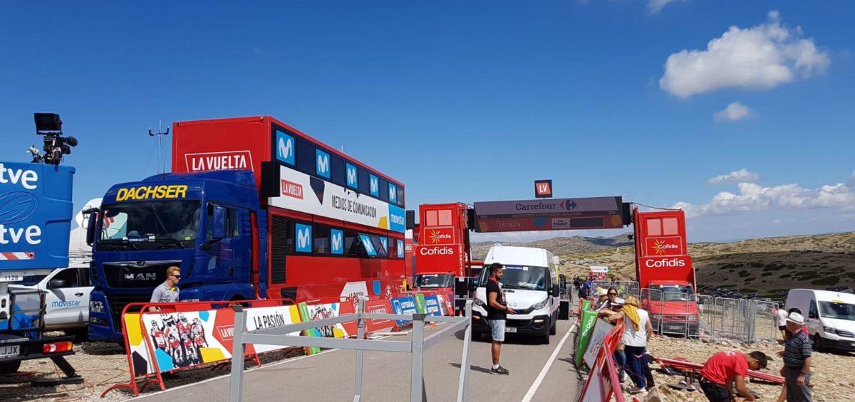 Más 350 toneladas son transportadas por Dachser para La Vuelta a su paso por Levante 4