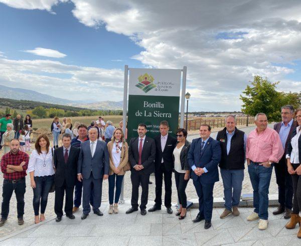 Bonilla de la Sierra, destapa su cartel que le acredita como Uno de Los Pueblos más Bonitos de España 10