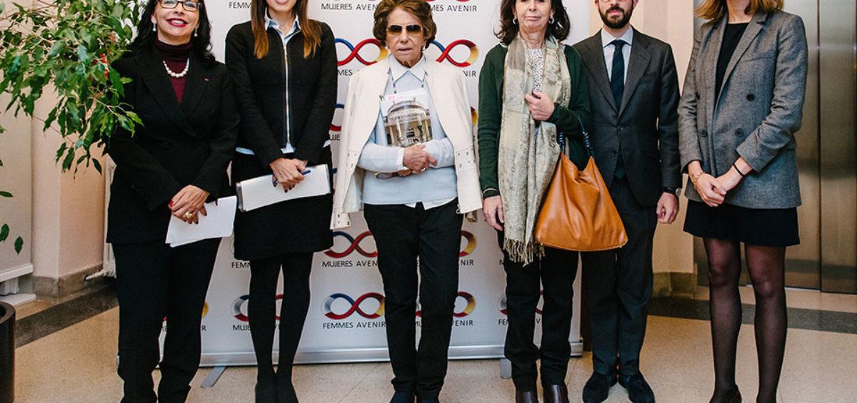 Mujeres Avenir reúne en un encuentro a la primera mujer que presidió el Tribunal Constitucional y a la primera mujer en acceder a la carrera diplomática 2