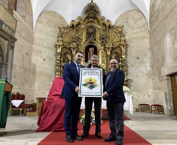 San Martín de Trevejo destapó el cartel que le acredita como Uno de Los Pueblos más Bonitos de España 4