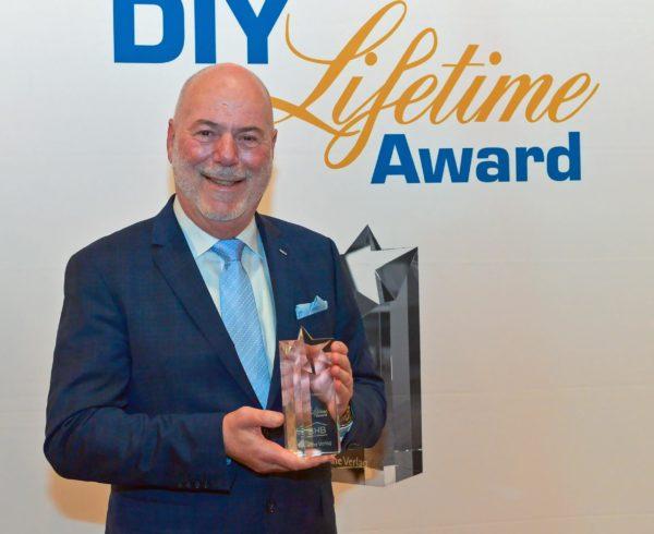 Ralf Meises, de Dachser, recibe el Premio DIY Lifetime 2019 6