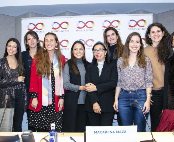 La mujer tiene las aptitudes para emprender, pero se enfrentan a más barreras que los hombres, determina la comisión joven de Mujeres Avenir 14