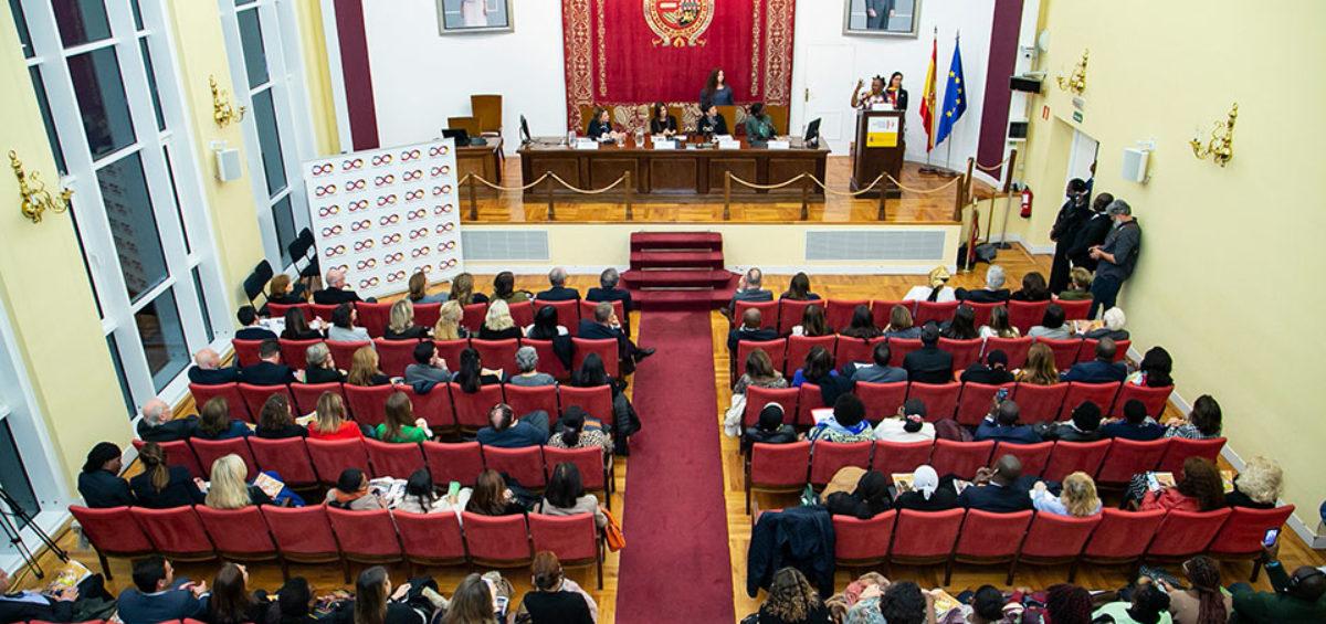 """Mujeres Avenir denuncia la feminización de la pobreza en su III Conferencia Internacional """"Mujer y Diplomacia"""" 8"""