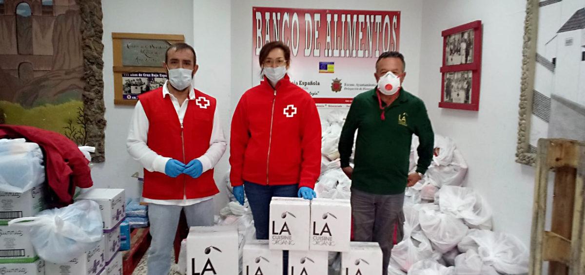 LA ORGANIC dona 120 botellas de Aceite de Oliva Virgen Extra a la Cruz Roja de Ronda 4