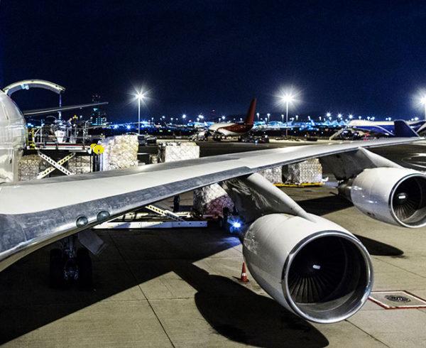 Dachser continúa con sus vuelos chárter en mayo 12