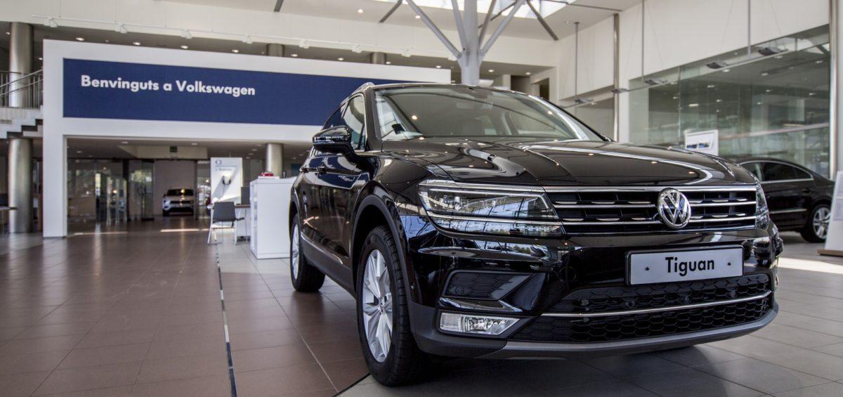 La importancia de contratar comerciales en verano para poder vender coches en septiembre 6