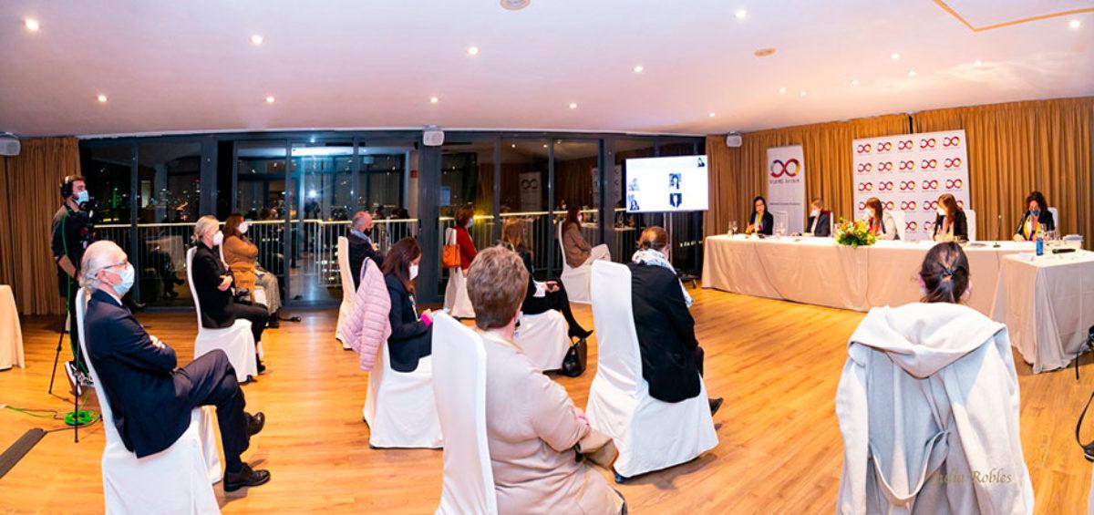 Mujeres Avenir analiza con las responsables del Diálogo Social las consecuencias para la mujer profesional de los ERTE y de nuevas normativas como la regulación del teletrabajo o los planes de igualdad 2